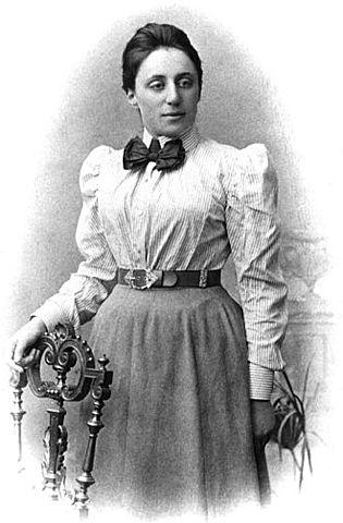 Emmy Noether, la mujer mas importante en la historia de la matemática y física.