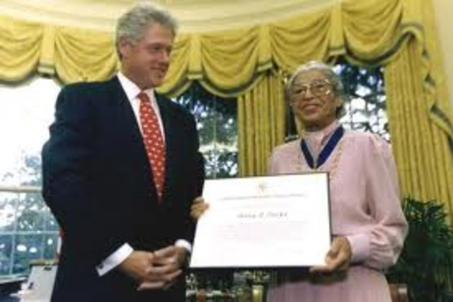 Rosa Parks receives highest U.S. civilian honor, the Presidential Medal of Freedom.