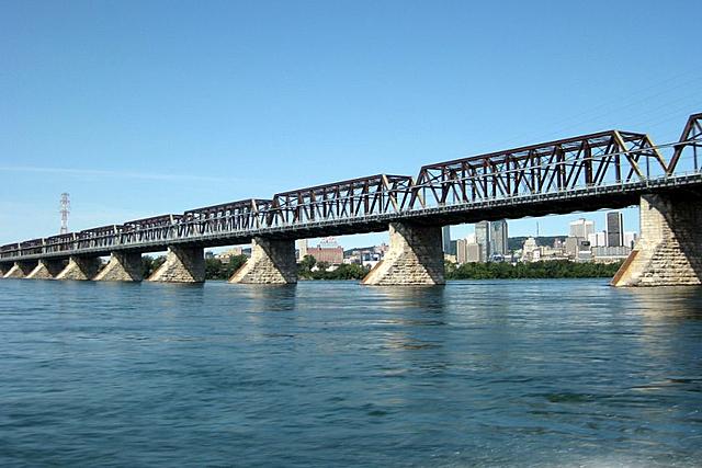 Le pont Victoria