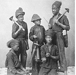 EN COLOMBIA: GUERRA DE LOS MIL DÍAS (1899 AÑO - 1902 AÑO)