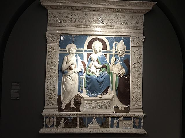 Retabel met Maria en Christuskind tussen Sint-Hiëronymus en Sint-Nicolaas van Myra.