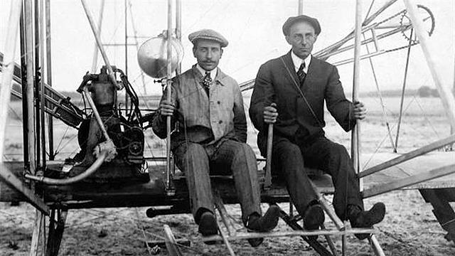 Wilbur Wright arrives in Paris
