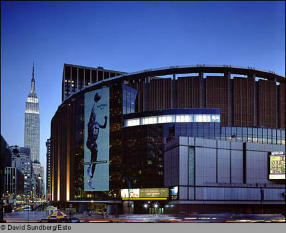 First double header played at Madison Square Garden