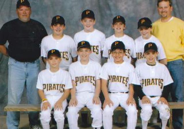 Hace cinco años que jugué para un equipo de beisbol en Noblesville.