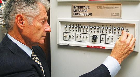 Conexión de las primeras computadoras