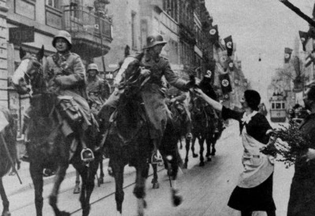 German troops invade Rhineland