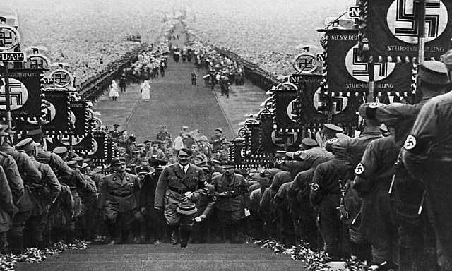 El procés de construcció del Tercer Reich (1933-1934).