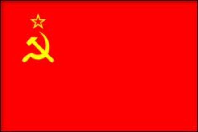 USSR established.