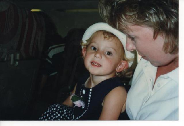 Hace trece años que monté al avión por la primera vez.