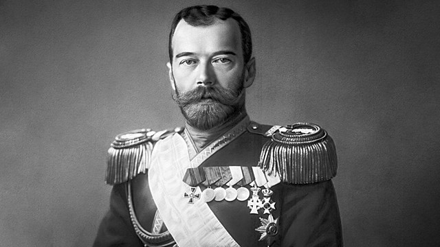 Nicolás II abdica
