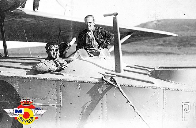 El general Franco vola des de Canàries a Tetuan
