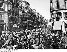 Comença la batalla de Màlaga.