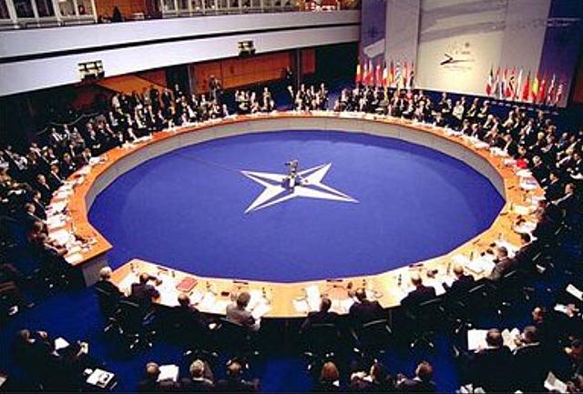Firma tractat OTAN