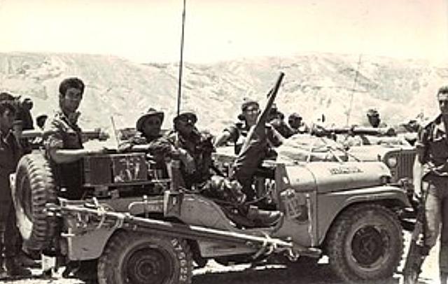 6 Juny - Israel invadix el sud del Líban per a evitar els atacs guerrillers de l'OLP