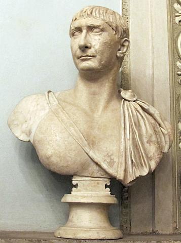 Traiano (10)