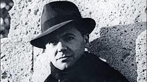 Jean Moulin est nommé délégué général du général de Gaulle et création du mouvement 'Combat' de Frenay