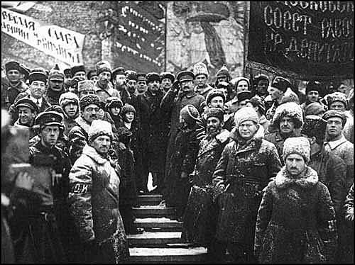 Fin de la revolución rusa.