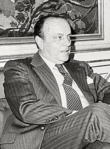 Cambio de gobierno: entra Manuel Fraga.