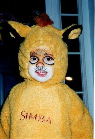 Hace doce años que vestí como Simba para Halloween.