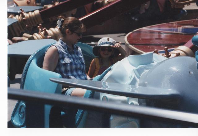 Hace doce años que fui a Disney con mi familia.