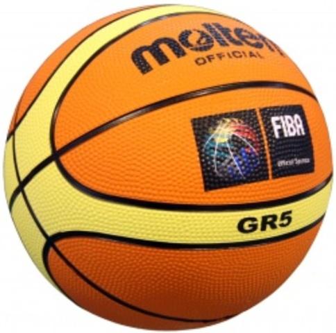 Començo a jugar a bàsquet