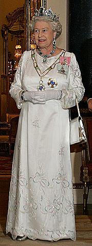1948-1958 עולמי אליזבת' השנייה הופכת למלכת אנגליה