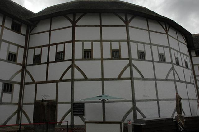 Globe Theatre Burns Down.