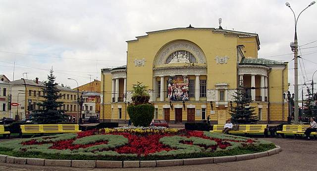 Конкурс на лучший проект здания нового городского театра (Маски)