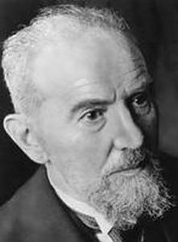 William Stern introduce el término coeficiente intelectual (CI).