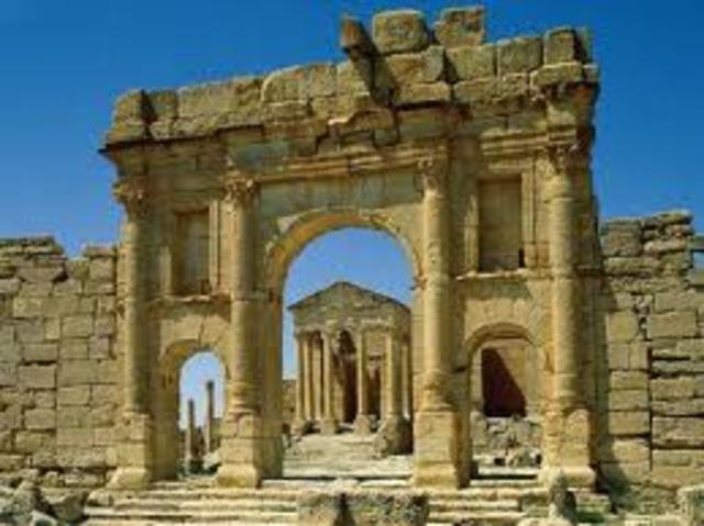 В результате военного похода был отнят у турок государство в  Испании Тунис