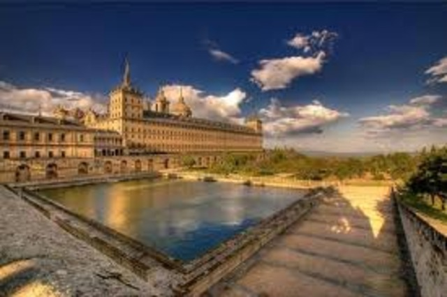 Мадрид становится  столицей Испании