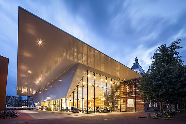 Stedelijk Museum Amsterdam, ontworpen door A.W Weissman