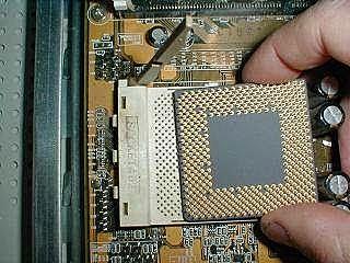 chips de silicio y circuitos integrados miles de transistores en un cm2