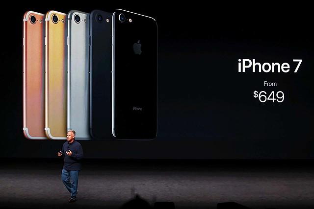 iPhone SE, 2016
