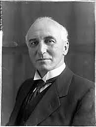 Sir John Simón