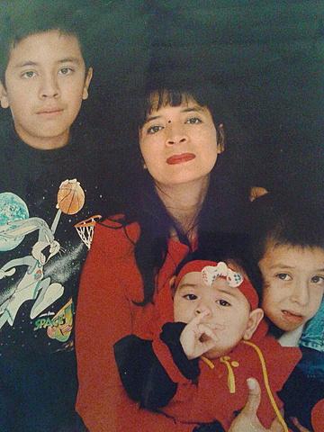 Nacimiento de  mi hermano Diego Esteban Lara Yaya