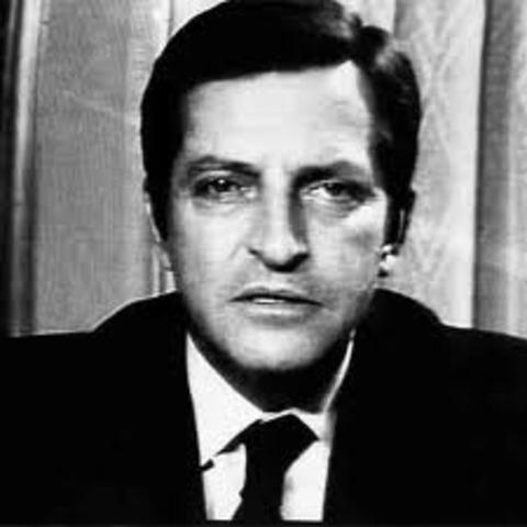 Adolfo Suárez triunfa en las elecciones generales (UCD)
