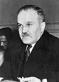 Viacheslav Mólotov(1930-1941)