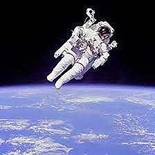 1st Un-tethered Space Walk