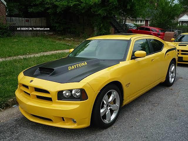 Dodge Charger Daytona 2006
