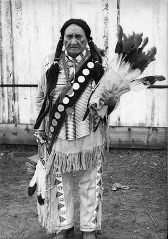 The Lakota's leader, Frank Fools Crow prays for U.S. Senate: 1975