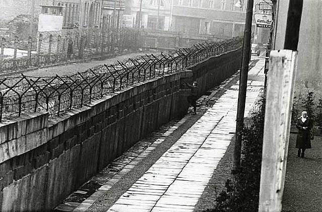 Mur de Berlín, 1961