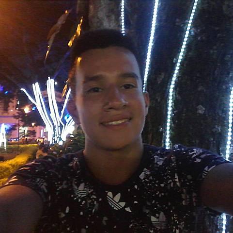 Primo Marco Andres Casallas Lozano