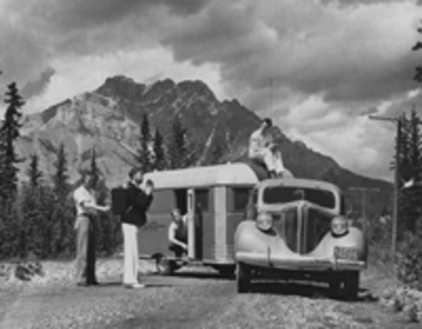 Canadian radio began