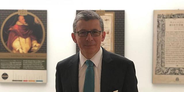 Posesión de Alejandro Cheyne como rector