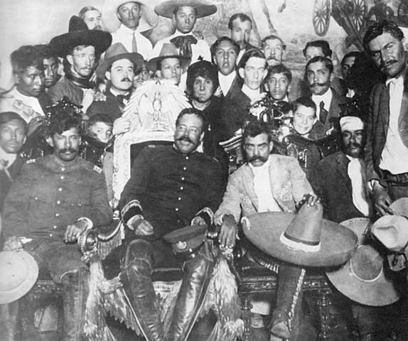 Pancho Villa y Emiliano Zapata Entran Triunfantes a la Ciudad de mexico