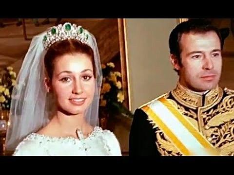Boda de la nieta de Franco con Don Alfonso de Borbón, duque de Cádiz.