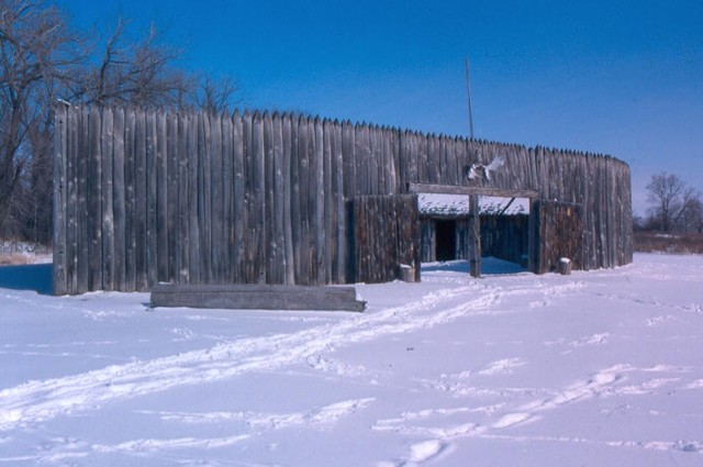 Fort Mandan completed, expidetion moves in for the winter