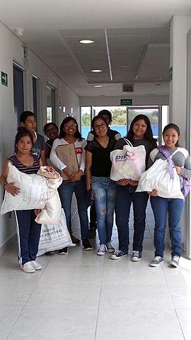 AYUDA COLECTIVA TRAS EL TERREMOTO(GRUPO GAPS)