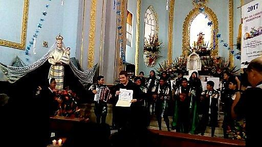 PRIMERA PRESENTACIÓN EN UN CONVENTO DE PUEBLA(TUNA NORMALISTA DE PUEBLA)